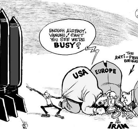 bendib-iran-and-israel-nukes-cartoon__600x423