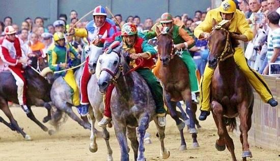 Drago is winner 2014 Palio Horse Race in Sienna
