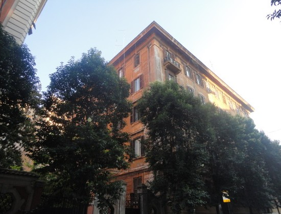 THE BUILDING WITH THE BATTISTA APARTMENT