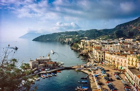 Aeolian Islands Tour From Taormina