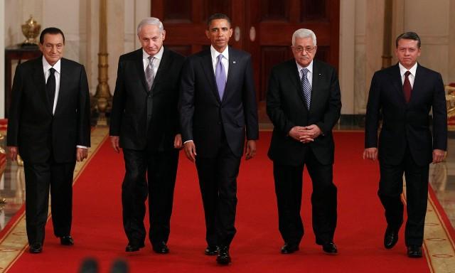 Egyptian President Hosni Mubarak, Israeli Prime Minister Benjamin Netanyahu, President Barack Obama, Palestinian President Mahmoud Abbas and Jordan's King Abdullah II 2010. (AP Photo/Charles Dharapak)