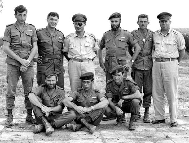 Israel leaders, Ariel Sharon (second from left), Moshe Dayan (third from left) and other commanders