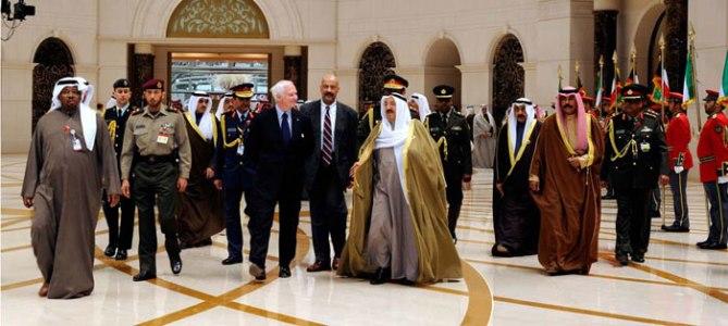 Emir Sheikh Sabah al-Ahmad in robes (Kuwait)