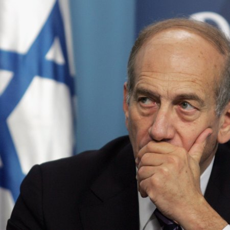 Former Israeli Prime Minister Ehud Olmert (Photo by Baz Ratner-Pool/Getty Images)