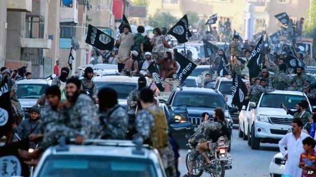 Raqqa ISIS parade