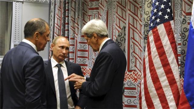 US Sec of State John Kerry and Russian President Vladimir Putin