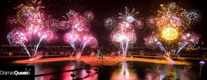 dubai FIREWORKS -atlantis-world-largest-fireworks-display-on-new-year-20144