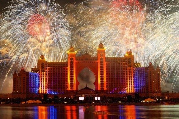 DUBAI FIREWORKS atlantis_the_palm_dubai_new_years_eve_fireworks