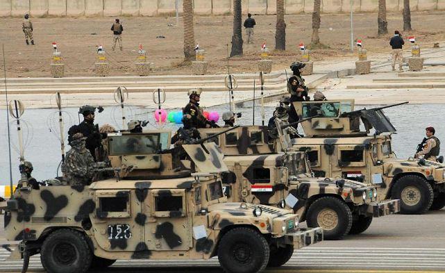 US MIL humvee_iraqi_army_light_wheeled_vehicle_army_day_military_parade_january_2011_016