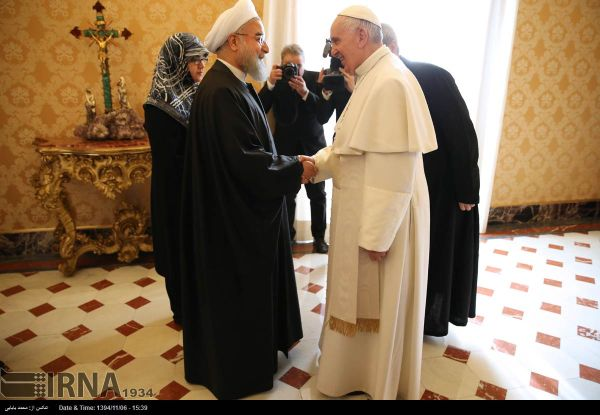 IRAN President-Rohani-and-Pope-Francis-at-Vatican-2