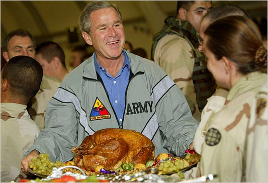 bush at iraq dinnerap4