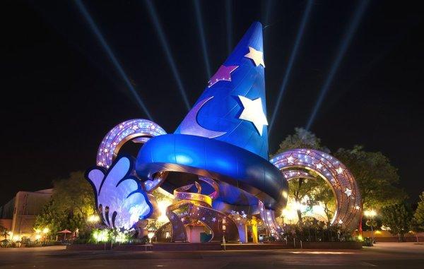 DISNEY bigstock-Disney-s-Hollywood-Studios-9985445