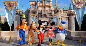 Walt Disney has replaced American tech employees with H-1B visa holders.