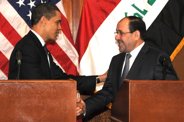 US President Barack Obama shakes hands with Prime Minister Nouri al-Maliki (Photo by US Army Spc. Kimberly Millett, MNF-I Public Affairs)