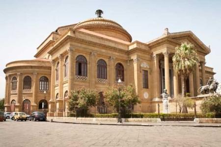 italy teatro-massimo-en-la-plaza-giuseppe-verdi_galeria_principal_size2