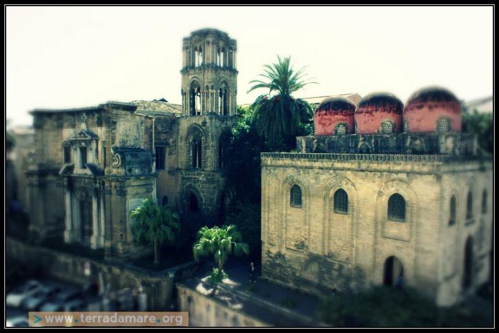 Chiesa capitolare di San Cataldo/ Arab influence