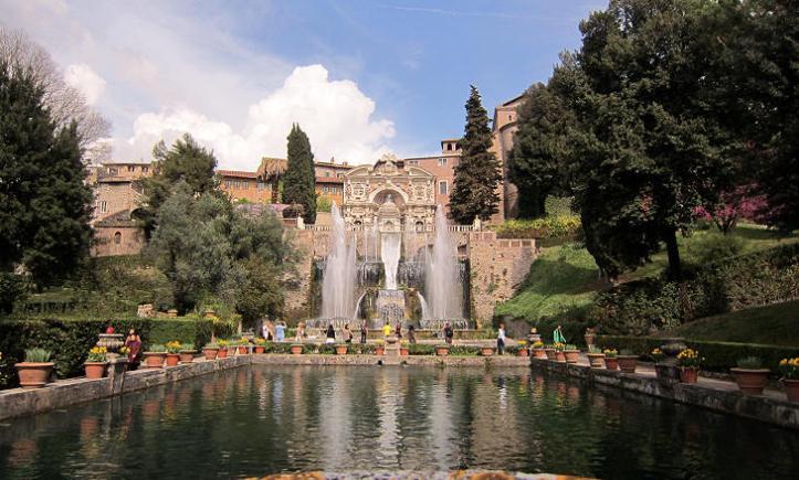 Tivoli's Villa D'Este Fontana del Nettuno and Fontana dell'Organo