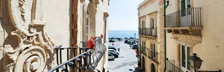 Algila Hotel with sea view