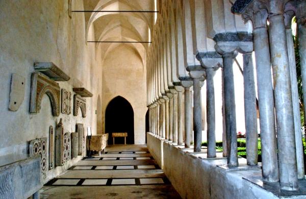 amalfi cloisters