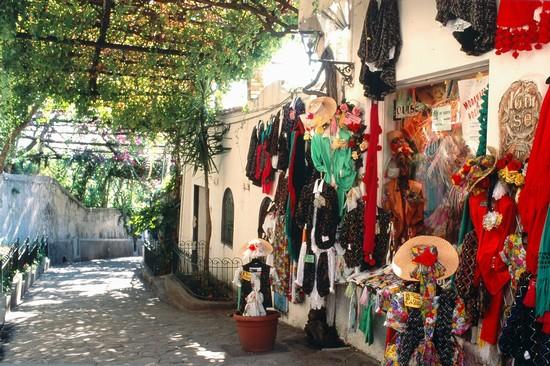 amalfi outside vendor 48164_la_parte_alta_di_positano_positano