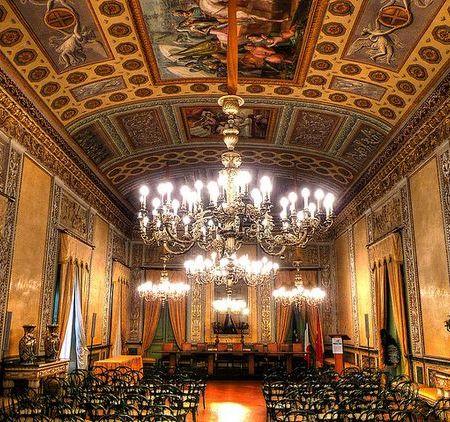 Palazzo Normani hall