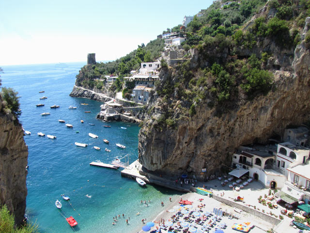 Maria di Praia Beach is at bottom of Hotel Onda's steps.