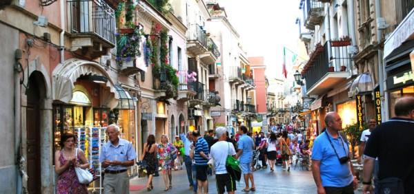 Corso Umberto shopping