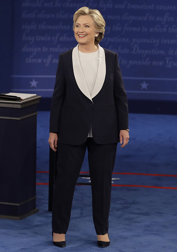 clinton-debate-photo-hillary-clinton-pantsuit-presidential-rex-ftr-1