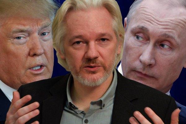 clinton-good-photo-julian-assange-w-trump-putin-in-back1470079928182-cached
