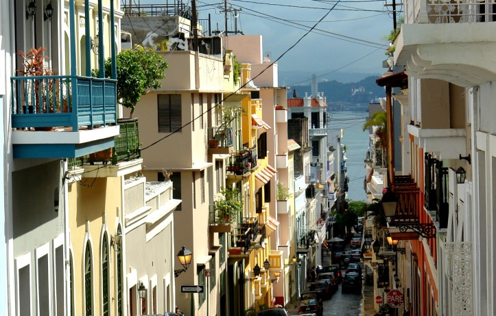 clinton-photo-of-street-in-puerto_rico_01