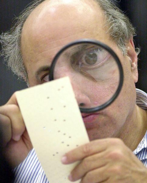 elections-chad-pix-20120923-171949-pic-224799225_s878x1092