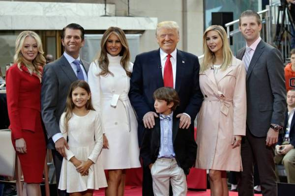 elections-dt-family-great-pix-bn-oo828_trumpk_p_20160621142653