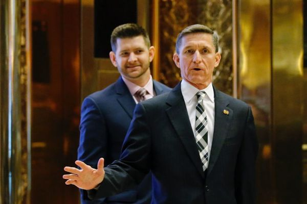 flynn-father-and-songettyimages-623852576