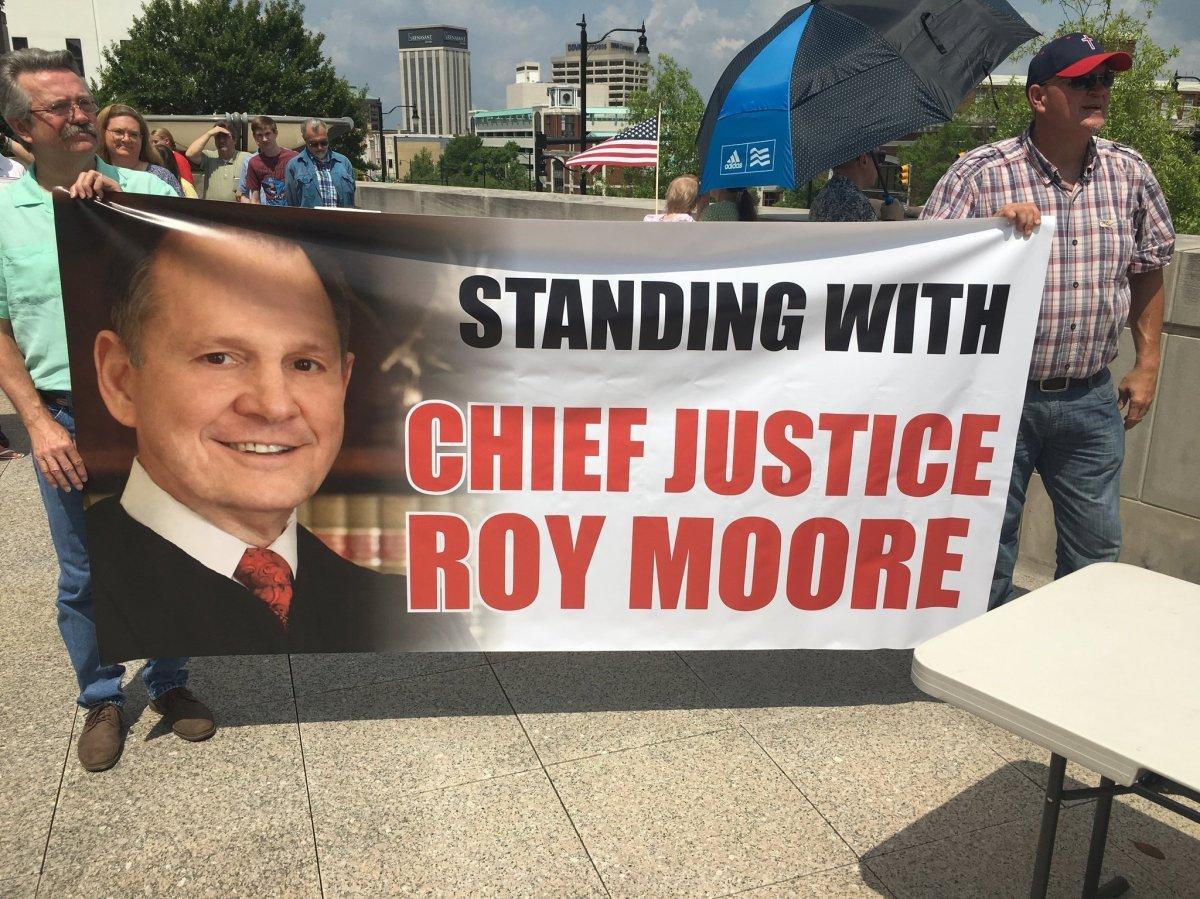 https://grondamorin.files.wordpress.com/2017/11/chief-justice-roy-moore-roy-moore-rally-6jpg-85a0bbe5106aa5ee.jpg?w=1200